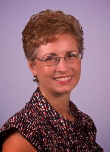 Dr. Lynne Fruechting headshot