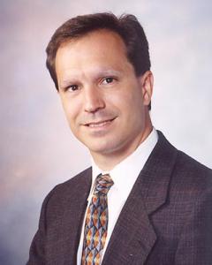 Dr. Doyle Detweiler - hospital medicine - doctor at newton medical center - headshot