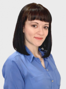 Elizabeth Cramer, FNP wearing blue button up shirt - head shot